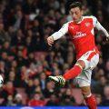 Mesut Özil neemt besluit over zijn toekomst bij Arsenal