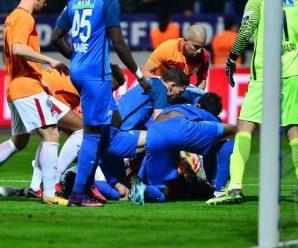 Gomis valt opeens flauw tijdens wedstrijd Galatasaray